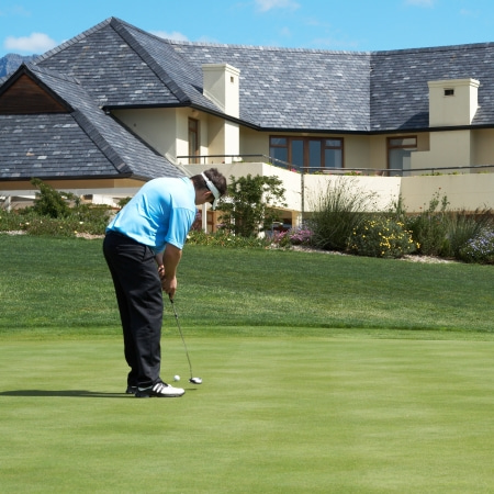 homes for sale on golf courses near Chicago, Illinois