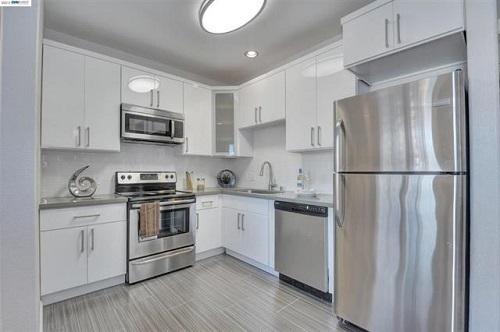 1121_40th_street_kitchen-ebm_500