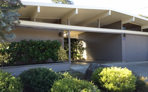 New eichler listing for sale at 833 Montecillo Rd, San Rafael.
