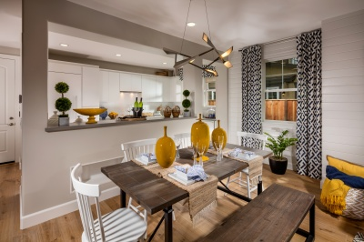 03-the_strand-townhome_dining_to_kitchen_copy_400