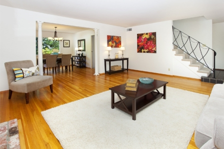 just_sold_living_to_dining_room_448