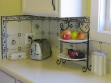 kitchen_counter_with_fruit_160