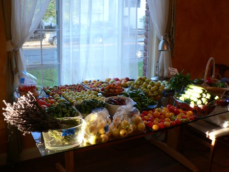 resized_vegetables_on_inside_table_448