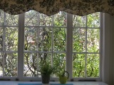 window_with_mats_2_160_01