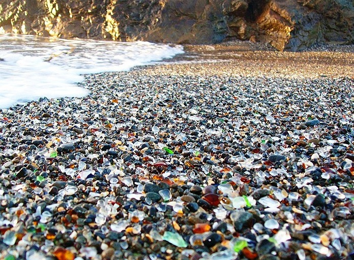 glass-beach-fort-bragg_scenic-view_16204_696