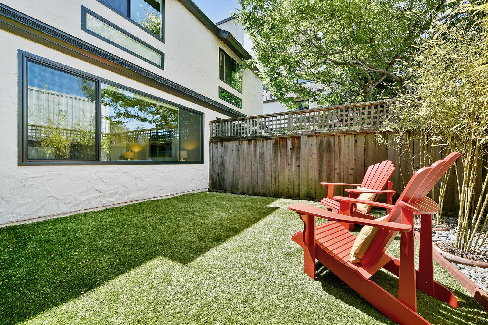 2 Park Terrace Patio