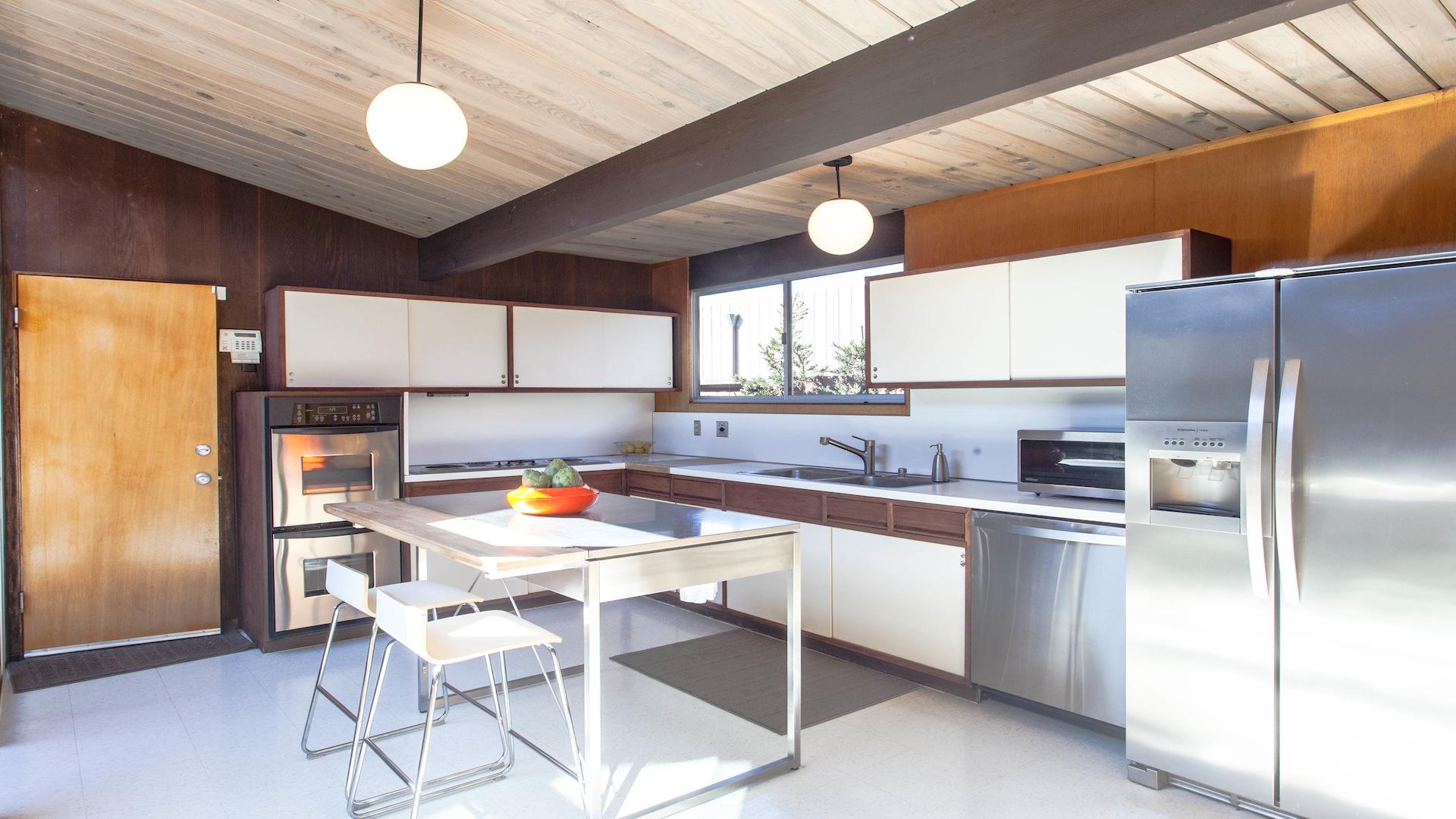 kitchen_1_of_1_1920