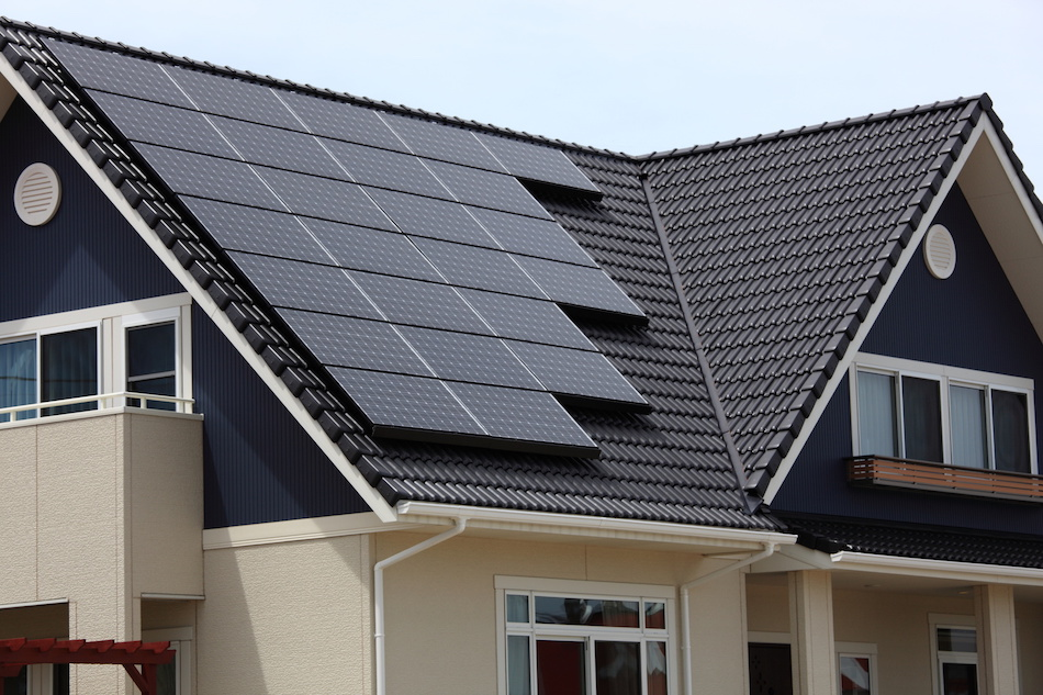 Real Benefits of Residential Solar Power for Homeowners and Communities