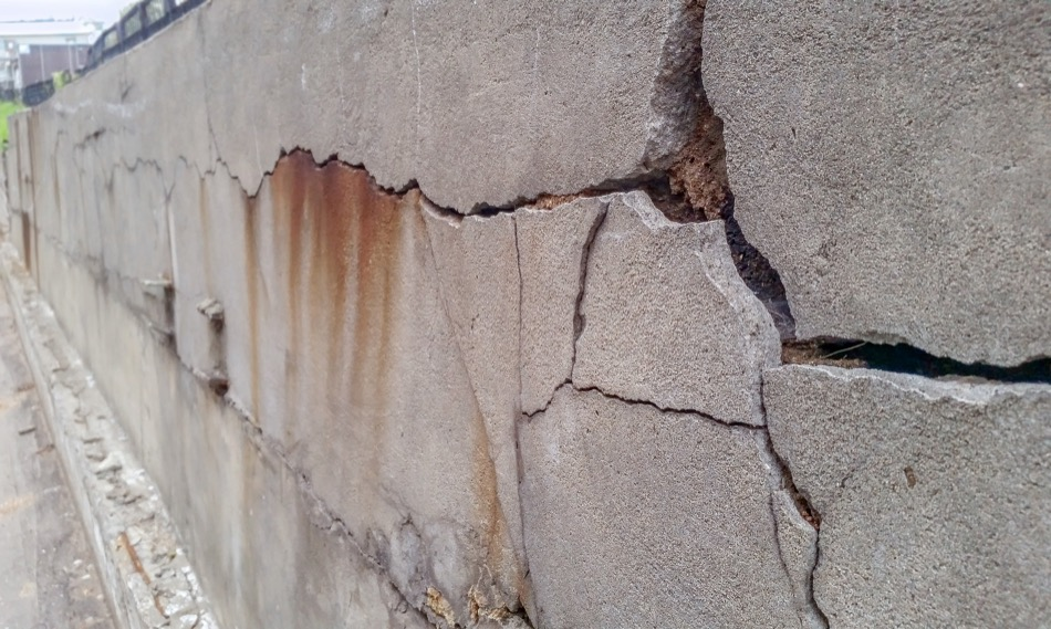 Everything You Need to Know About Foundation Damage