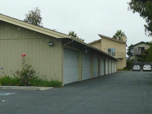 andrew_lane_townhomes-garage