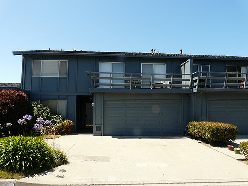 beach_cliff_townhomes_seascape-garages