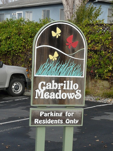 cabrillo_meadows_condos-sign