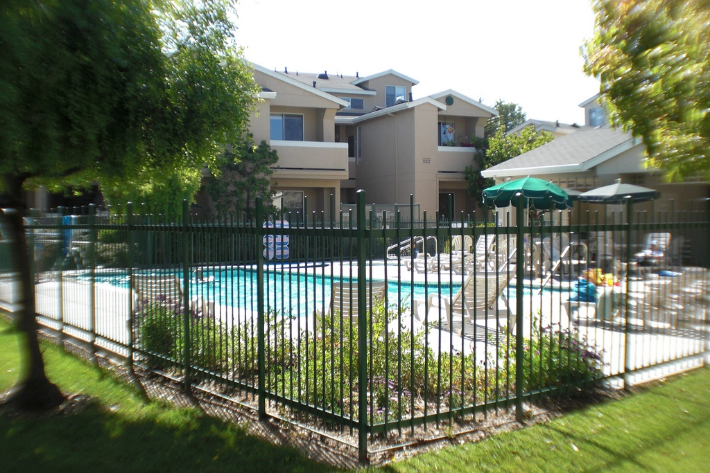 santa_crus-mariners_cove_townhomes_pool