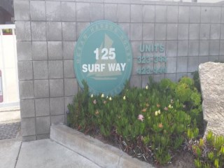 ocean_harbor_house_125_surf_way_monterey
