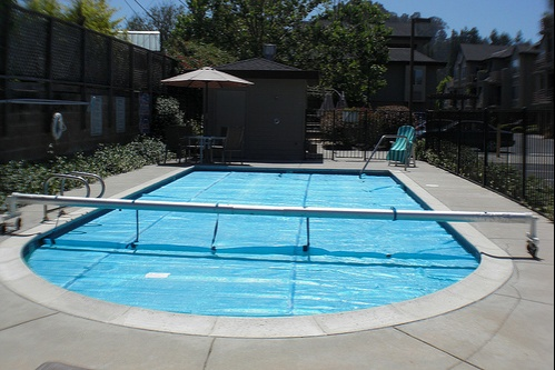 river_street_place-pool