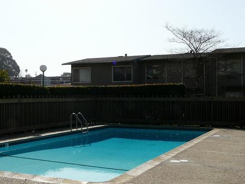 villa nueva condo pool
