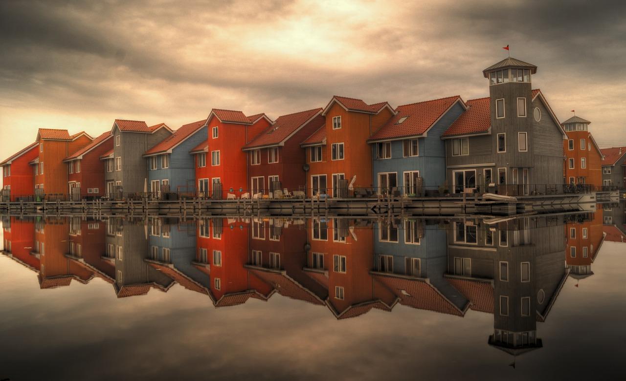 cloudy sky homes