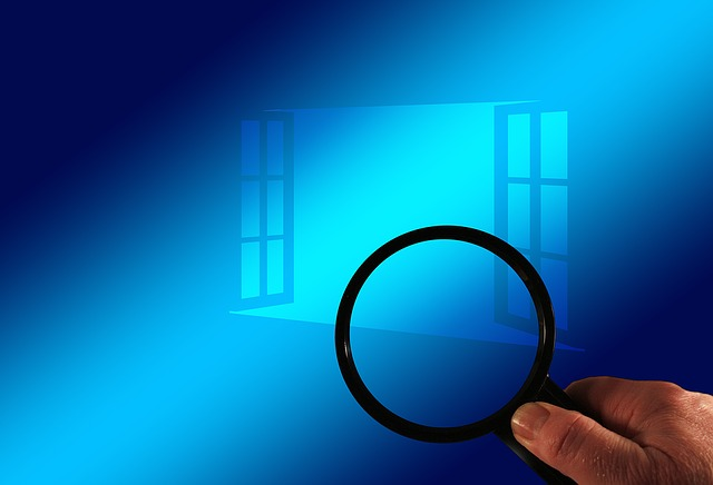 magnifying glass blue