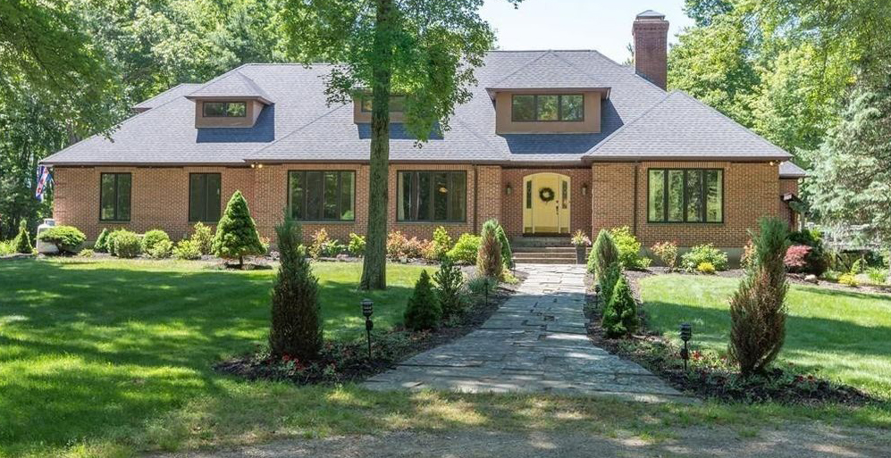 Mendon Luxury Home