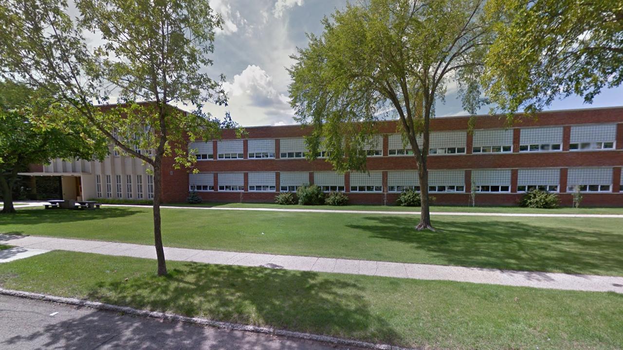 Eastglen School Edmonton Image