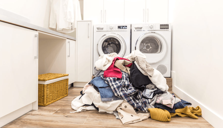 7 Reasons Your Home Isn't Selling Disorganized Image