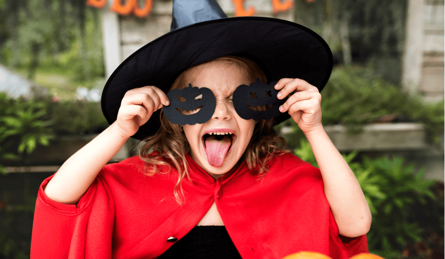 10 Ultra-Easy (and affordable) Kids Halloween Crafts Vampire Pumpkins Image