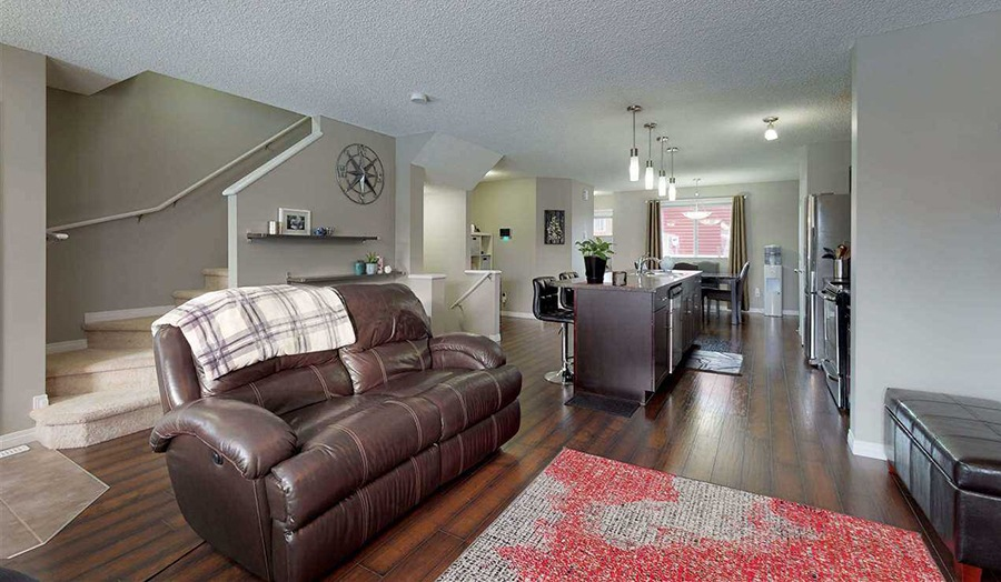 Featured Listing: 4779 Crabapple Run Living Room Image