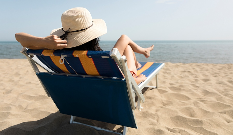 9 Ideas For an Awesome Edmonton Staycation Beach Image
