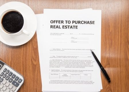 5 Things Buyers Should Know When Making an Offer on a Home
