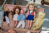dolls at flea market