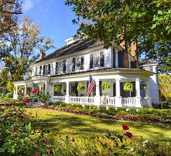 lovely Indianapolis colonial home