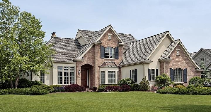 suburban home in Center Grove, IN