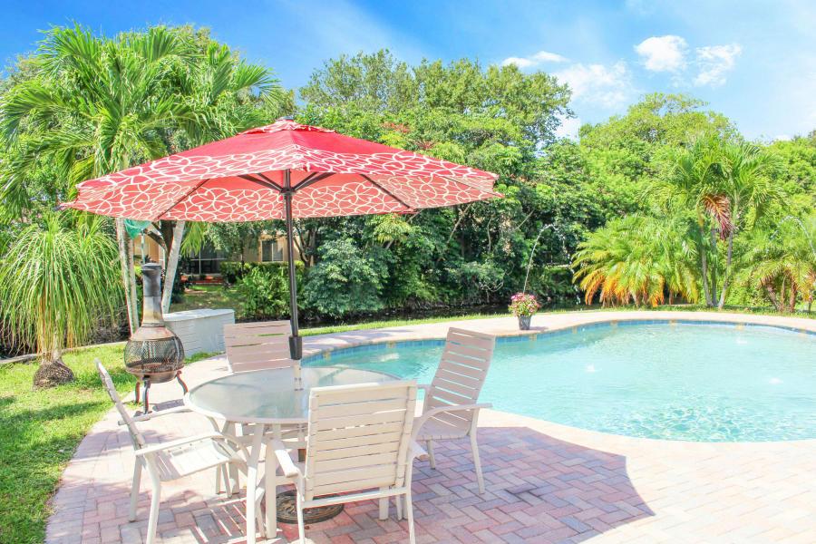 1047 Coral Drive, Boynton Beach, FL 33426