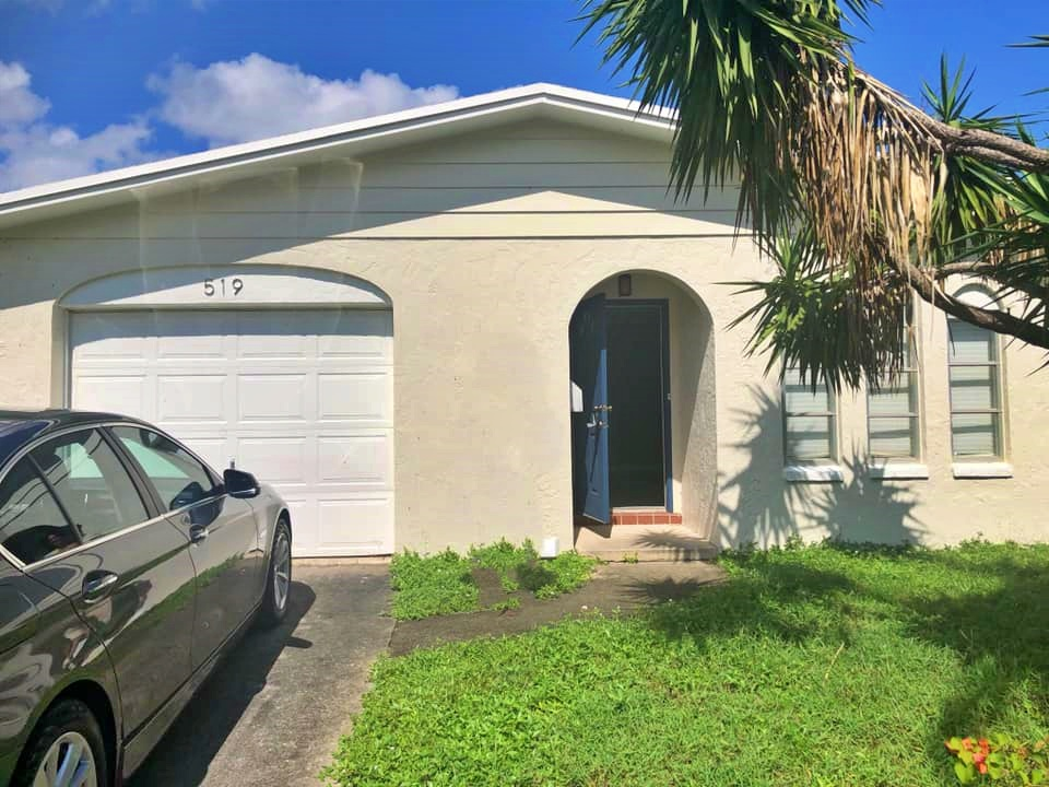 519 Greenbriar Dr, Lake Park, FL 33403 Top Lake Park Agents Found The Buyer In Kelsey City