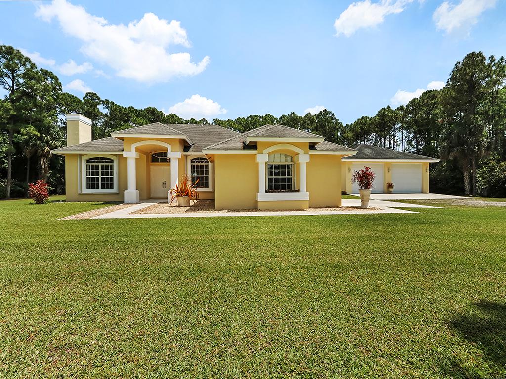 15354 78th Dr N, Palm Beach Gardens, FL 33418 was sold by top Palm Beach Gardens agents in Palm Beach Country Estates