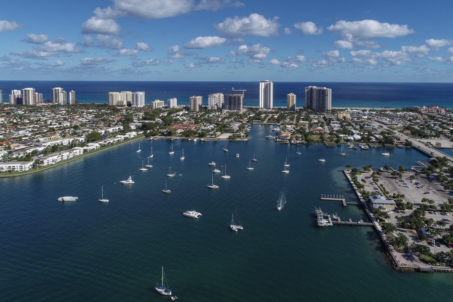 2640 Lake Shore Dr #915, Riviera Beach, FL 33404