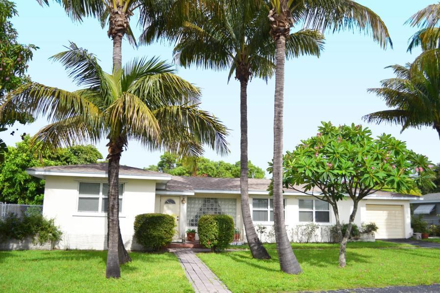 3205 Chapel Hill Boulevard, Boynton Beach, FL 33435
