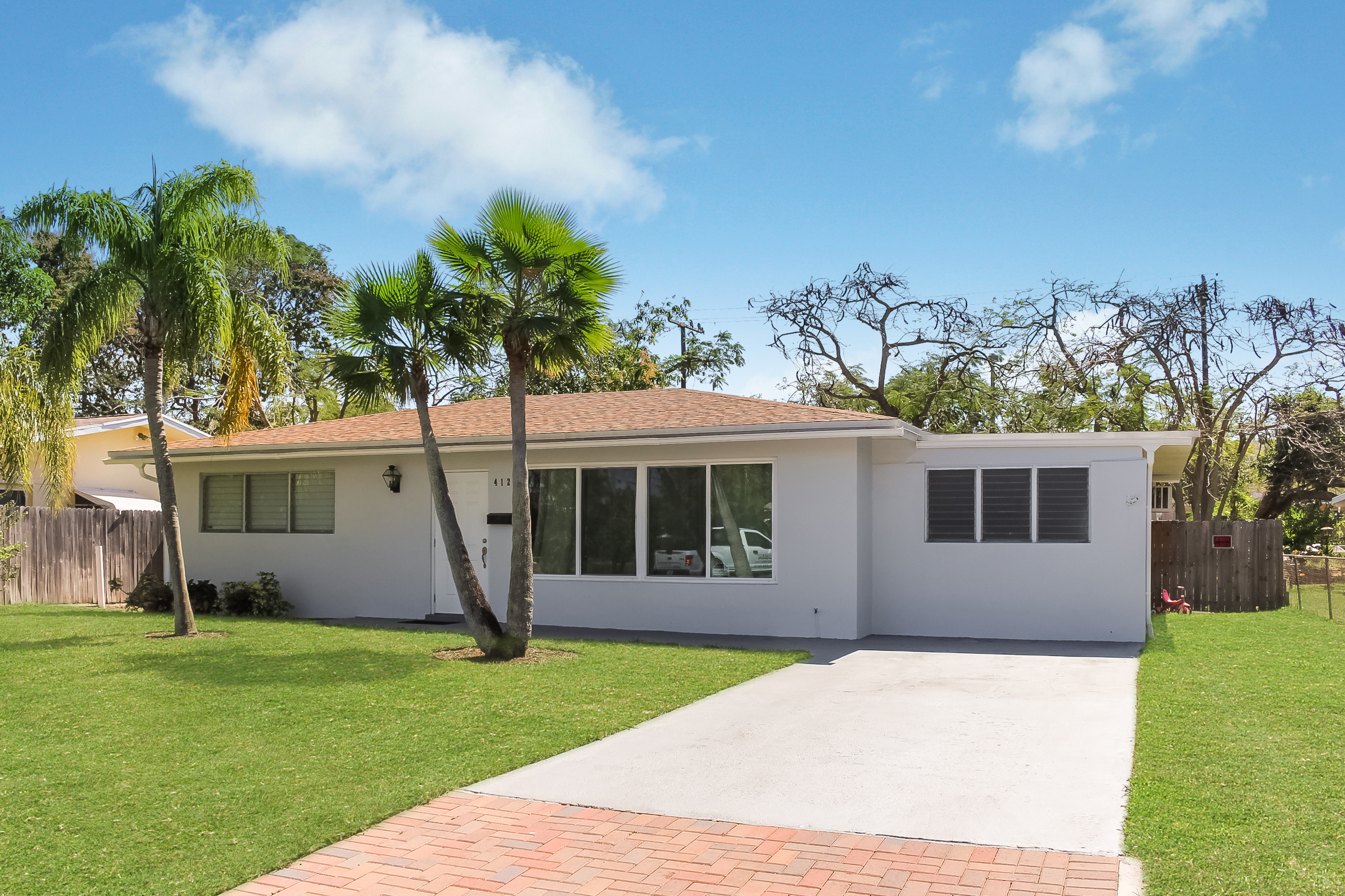 412 SW 10th Av., Boynton Beach, FL 33435