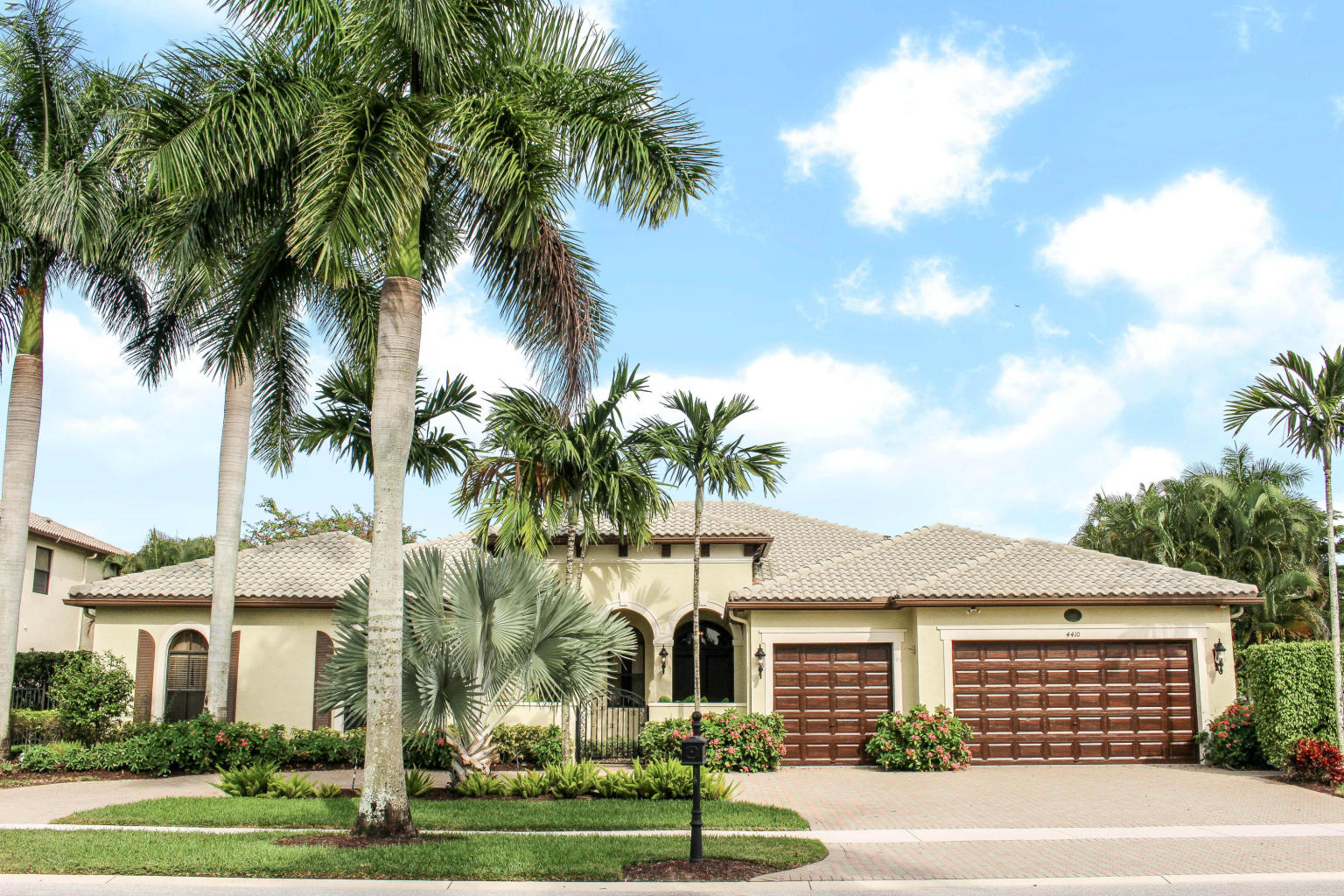 4410 Island Reef Dr, Wellington FL 33414