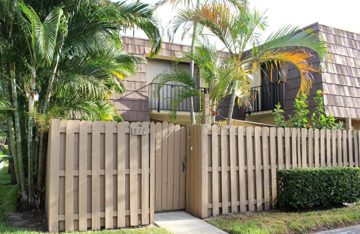 511 5th Court, Palm Beach Gardens, FL 33410