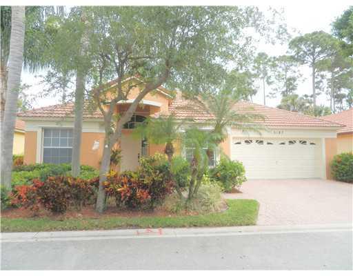 5187 Elpine Way, Palm Beach Gardens, FL 33418