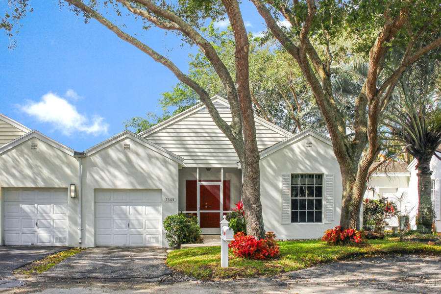 7665 Forest Green Lane, Boynton Beach, FL 33436
