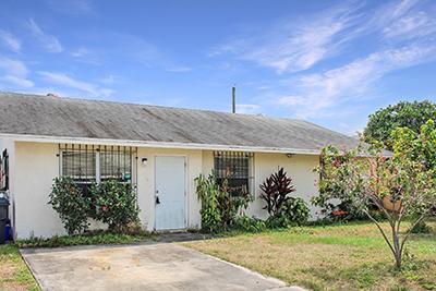 4590 Pruden Blvd, Lake Worth, FL 33463