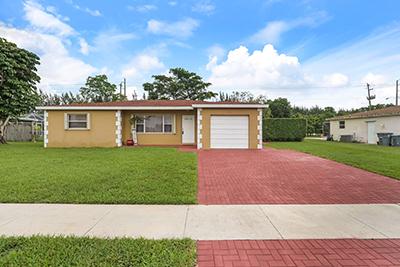 4611 Addison St, Boca Raton, FL 33428