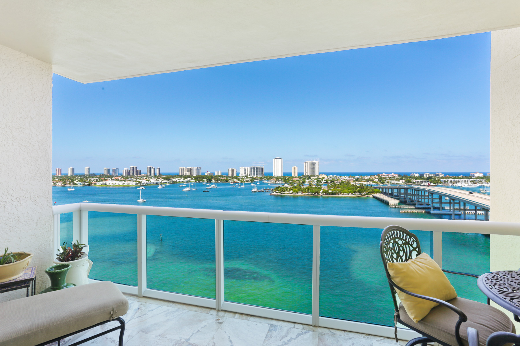 2640 Lake Shore Dr #1412, Riviera Beach FL 33404 Top Riviera Beach Agents Sold And Found The Buyer In Marina Grande