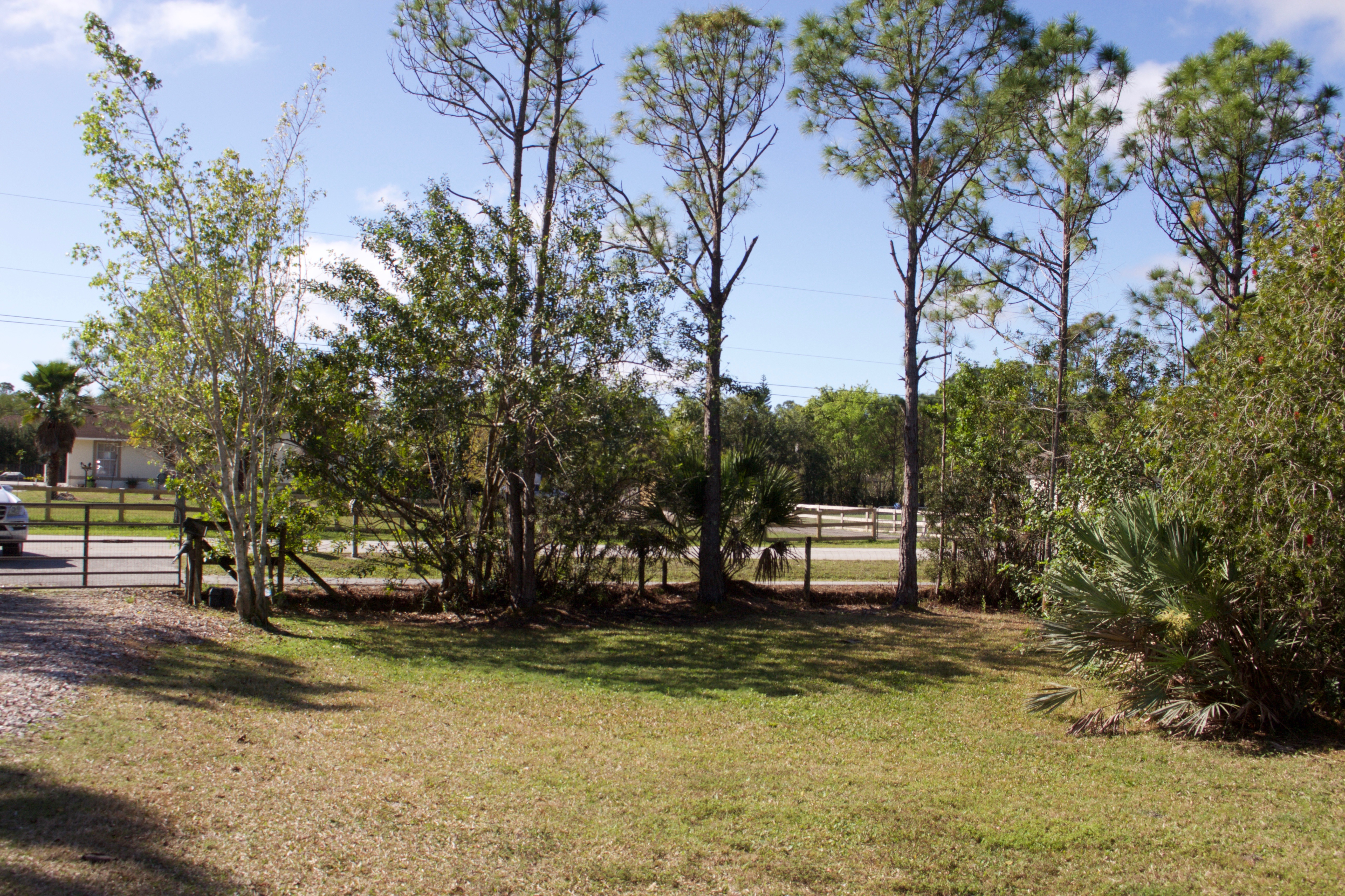 Loxahatchee real estate and homes for sale in Loxahatchee.