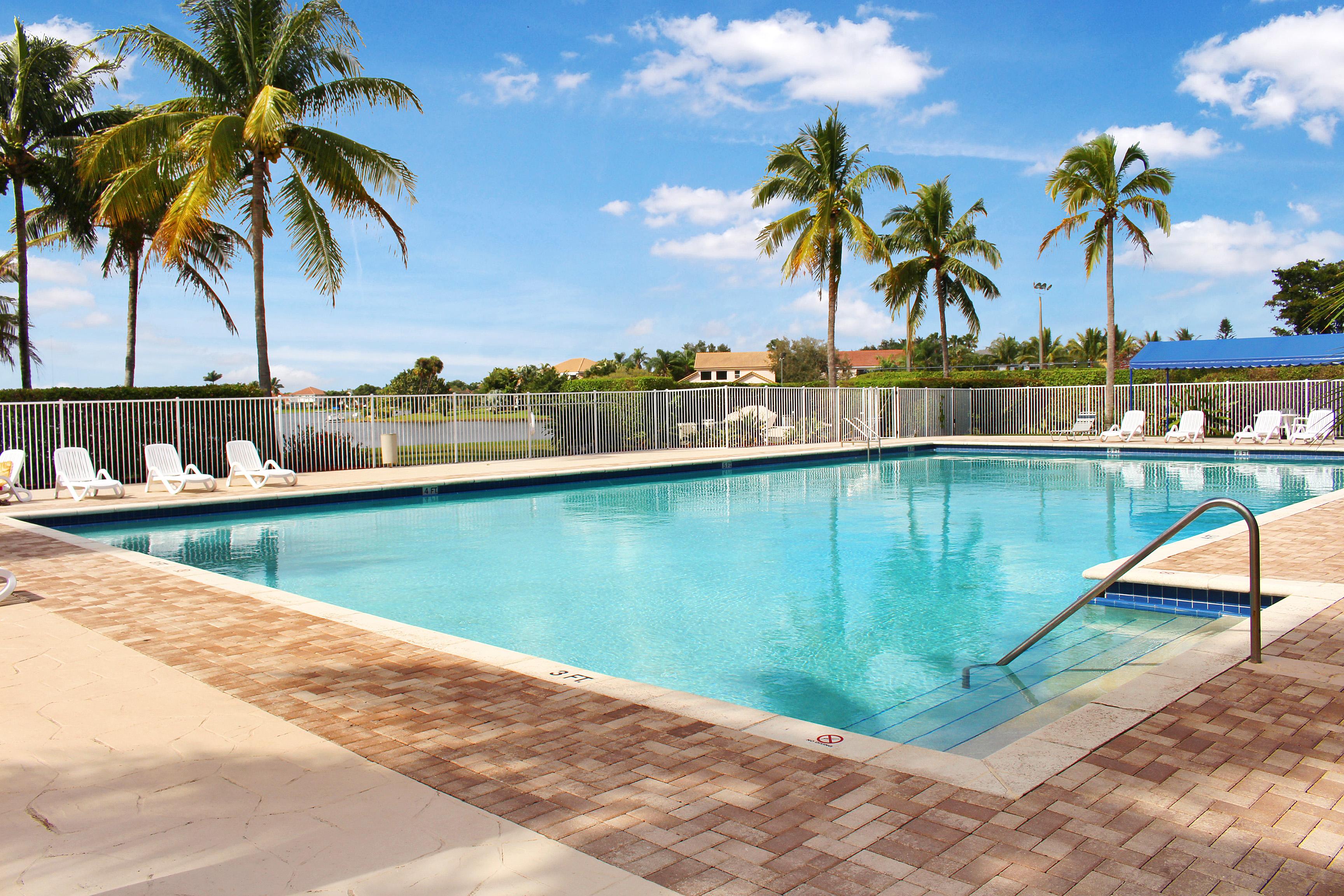 7068 Monclair Court, Lake Worth, FL 33467