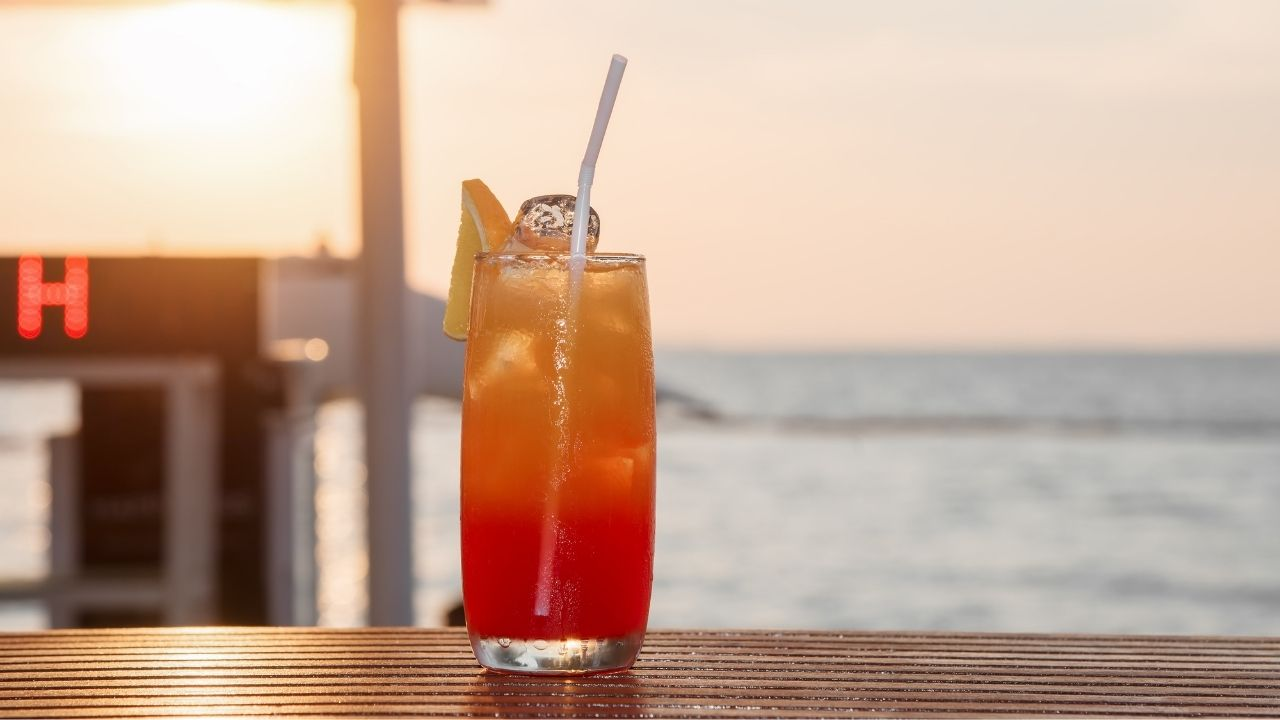 Best Happy Hour Spots in Palm Beach County
