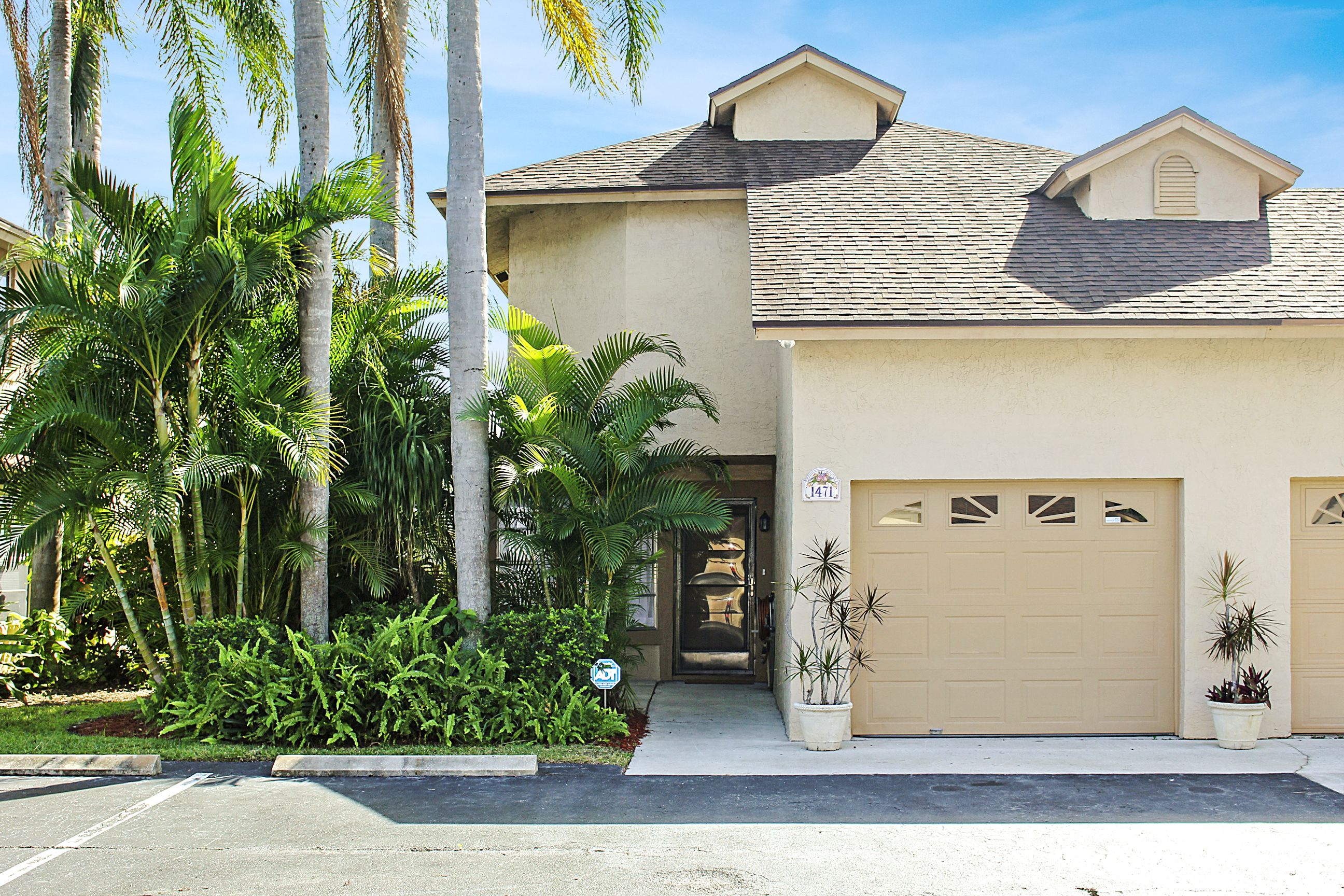 Lake Mango Shores Townhome