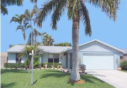 8443 Michael Dr, Boynton Beach, FL 33472